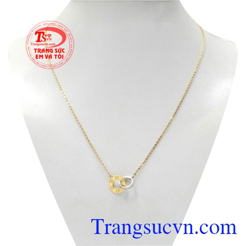 Bộ dây chuyền vàng định mệnh được thiết kế độc đáo mang lại sức cuốn hút đầy tinh tế cho phái nữ.
