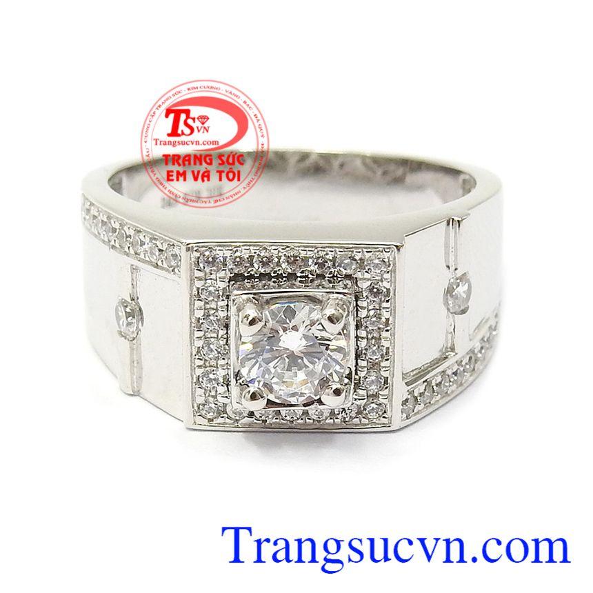 Nhẫn nam vàng trắng quyền uy mang lại sự mạnh mẽ và lịch lãm cho các quý ông hiện đại Nhẫn nam vàng trắng quyền uy