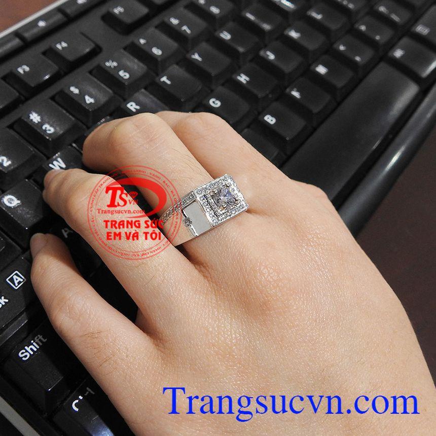 Nhẫn nam vàng trắng sang trọng, thời trang và đẳng cấp Nhẫn nam vàng trắng quyền uy