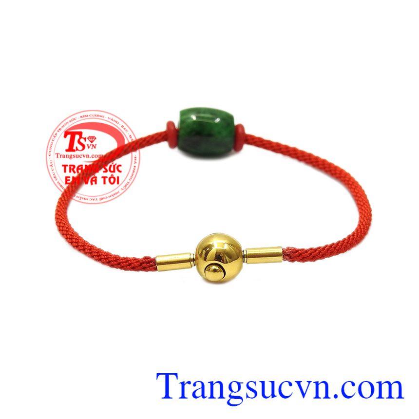 Vòng tay lu thống jadeite bình an mang nhiều ý nghĩa cho người dùng.