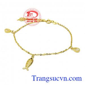 Lắc tay nữ vàng hình cá may mắn