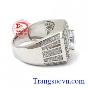 Nhẫn nam vàng 10k nhập khẩu nguyên chiếc Korea là dòng sản phẩm bán chạy hiện nay. Nhẫn nam vàng trắng tài lộc