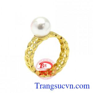 Nhẫn nữ kim tiền ngọc trai