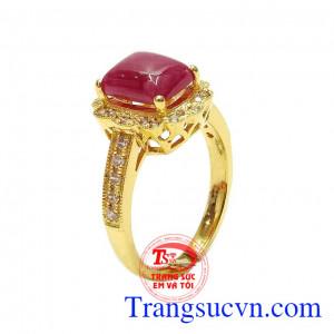Nhẫn nữ vàng Ruby sang trọng