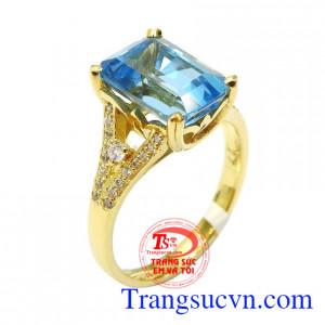Nhẫn nữ vàng topaz sang trọng