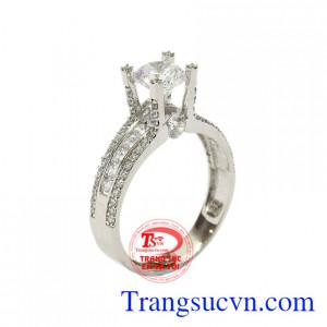 Nhẫn nữ vàng trắng sành điệu