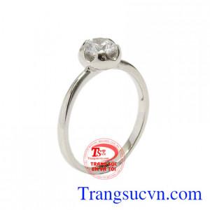 Nhẫn vàng trắng sắc màu tình yêu