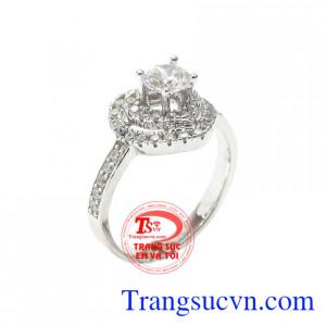 Nhẫn vàng trắng trái tim hạnh phúc