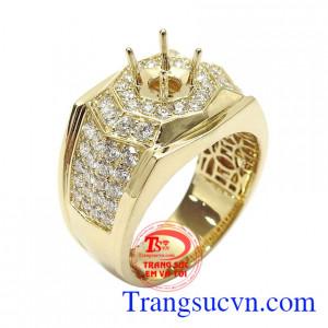 Ổ nhẫn nam kim cương đẳng cấp vàng 18k gắn 64 viên kim cương cao cấp tạo nên sự đẳng cấp cho sản phẩm