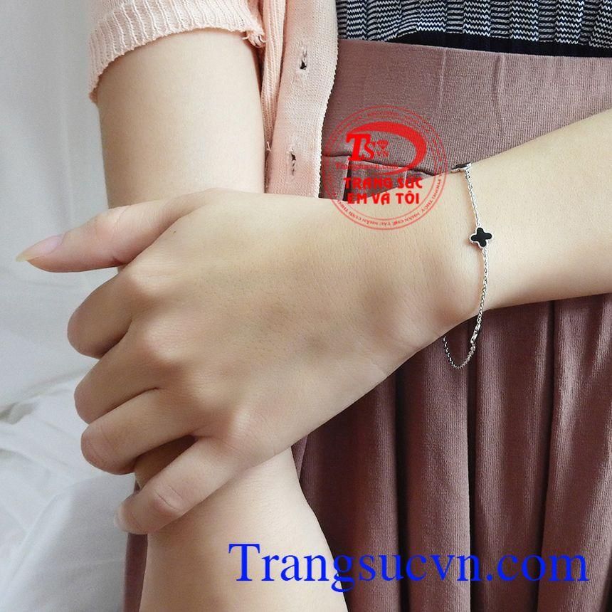 Lắc tay vàng tây thương hiệu bền đẹp, chất lượng, giao hàng nhanh toàn quốc.
