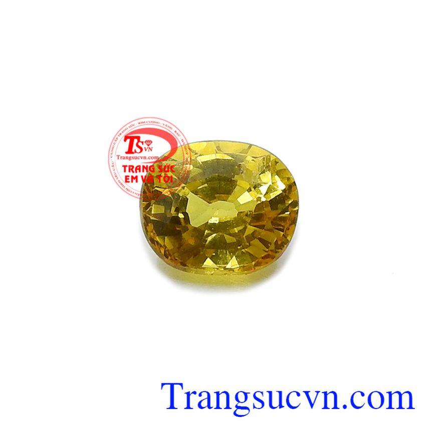 Vì vậy, Sapphire vàng thiên nhiên an khang thường được sử dụng làm trang sức với vẻ đẹp tuyệt vời và ý nghĩa phong thủy tốt đẹp