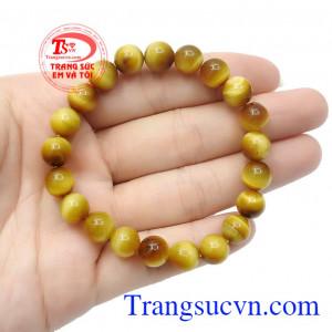 Màu vàng tươi tượng trưng cho hành Thổ nên chiếc vòng đá mắt hổ vàng tươi sẽ hợp với những người mệnh Thổ và mệnh Kim,Chuỗi tay đá mắt hổ 8 ly