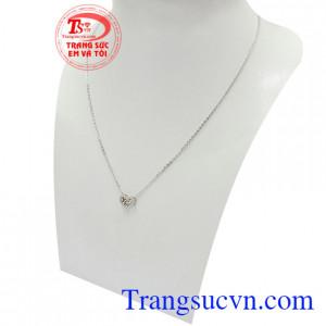 Dây chuyền liền mặt phong cách vàng trắng 10k nhập khẩu nguyên chiếc từ Korea là xu hướng trang sức rất được ưa chuộng hiện nay