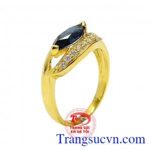 Nhẫn nữ Sapphire thời trang