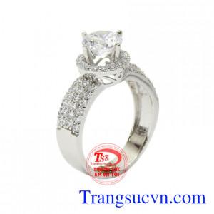 Nhẫn nữ vàng trắng hạnh phúc