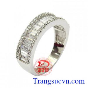 Nhẫn nữ vàng trắng lôi cuốn