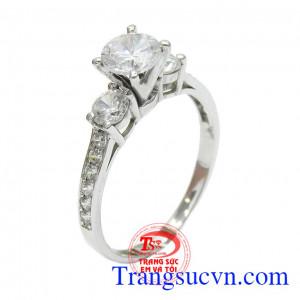 Nhẫn nữ vàng trắng tỏa sáng