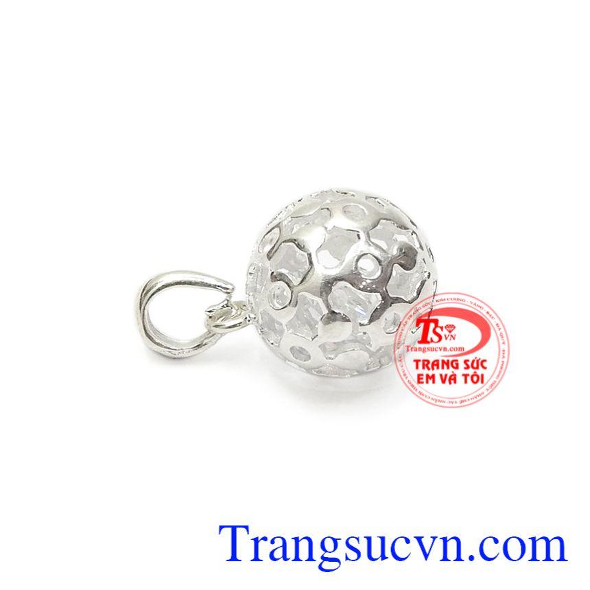 Mặt bạc là món trang sức rất thông dụng nhưng không phải ai cũng biết được những công dụng tuyệt vời của nó.
