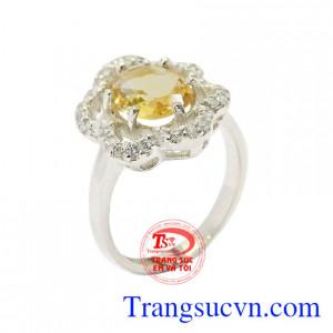 Nhẫn bạc thạch anh vàng tinh tế