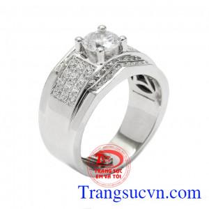 Nhẫn nam vàng trắng kiểu cách là dòng sản phẩm cao cấp được chế tác theo công nghệ 3D hiện đại nhất từ vàng 18k,Nhẫn nam vàng trắng kiểu cách