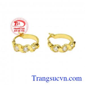 Hoa tai vàng lấp lánh