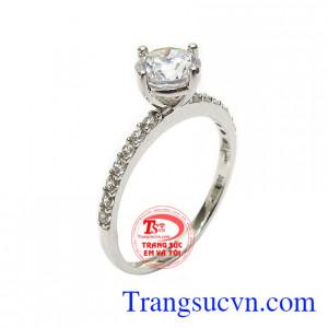 Nhẫn nữ đính đá yêu kiều