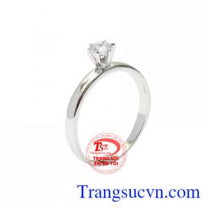 Nhẫn nữ vàng trắng thơ ngây