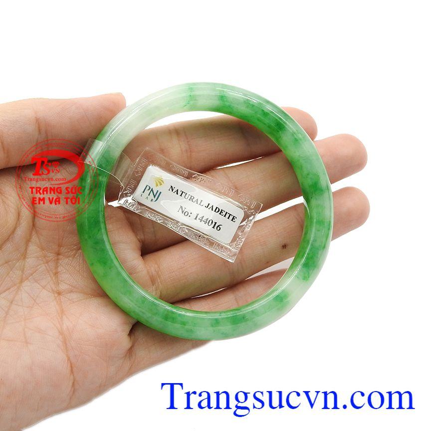 Chính vì vậy mà các sản phẩm từ ngọc cẩm thạch luôn được khách hàng yêu thích và lựa chọn. Vòng ngọc jadeite an nhiên