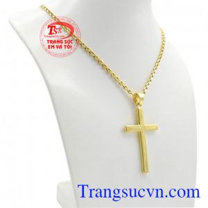 Bộ thánh giá vàng đức tin được chế tác đơn giản nhưng không kém phần sang trọng.