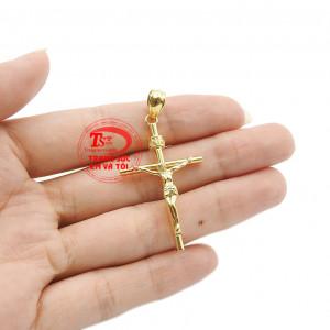 Mỗi khi đeo chiếc mặt dây lại nhắc nhở về sự hy sinh của Chúa để cứu chuộc tội lỗi cho cả nhân loại. Mặt thánh giá vàng tây đẹp