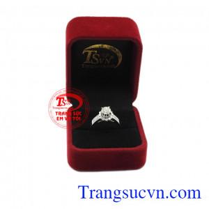 Kim cương là loại đá quý hiếm và đắt nhất trên thế giới. Nhẫn nữ kim cương kiêu sa