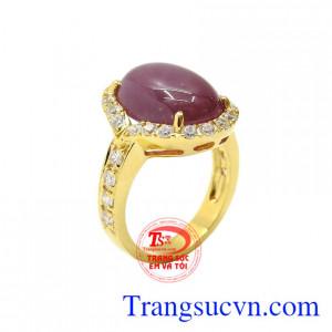 Nhẫn nữ Ruby sao quý bà
