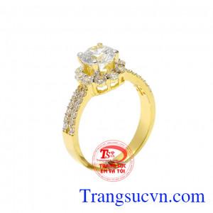 Nhẫn nữ vàng kiêu hãnh