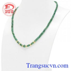 Không chỉ để làm đẹp Emerald giúp cho người sử dụng giảm căng thẳng, mất ngủ và đem lại nhiều năng lượng tích cực đến cho người sử dụng.
