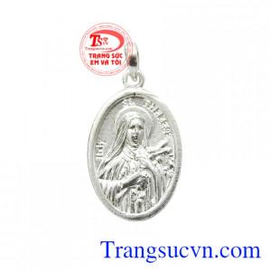 Mặt thánh nữ Teresa hài đồng Giêsu