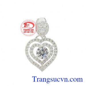 Mặt dây bạc trái tim ấn tượng