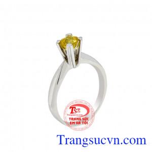 Nhẫn nữ saphir vàng tinh tế