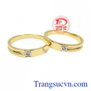 Nhẫn cưới vàng màu hạnh phúc