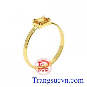 Nhẫn nữ saphir vàng may mắn