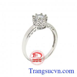 Nhẫn vàng trắng quý cô