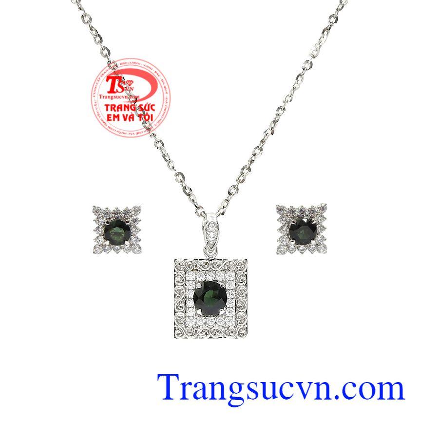 Bộ trang sức sapphire ấn tượng