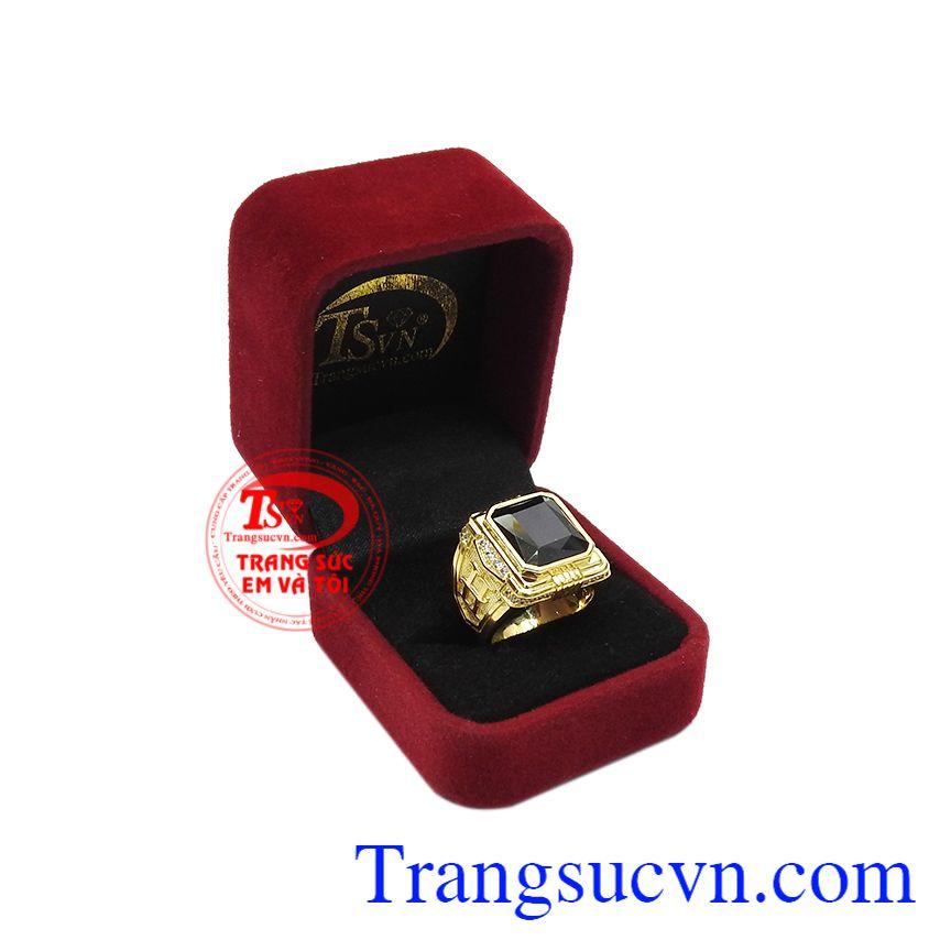 Nhẫn nam saphir quyền lực có giấy kiểm định đá quý, giao hàng toàn quốc, đặt chế tác theo yêu cầu.