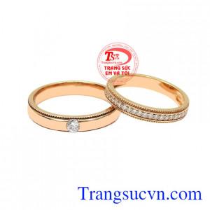 Nhẫn cưới vàng hồng kết duyên