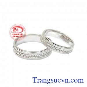 Nhẫn cưới vàng trắng thời trang
