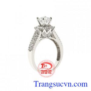 Nhẫn vàng trắng hoàn mỹ