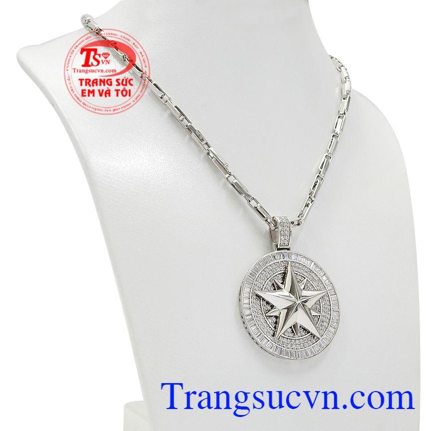 Bộ trang sức ngôi sao vàng trắng với thiết kế độc đáo, phong cách và nam tính.