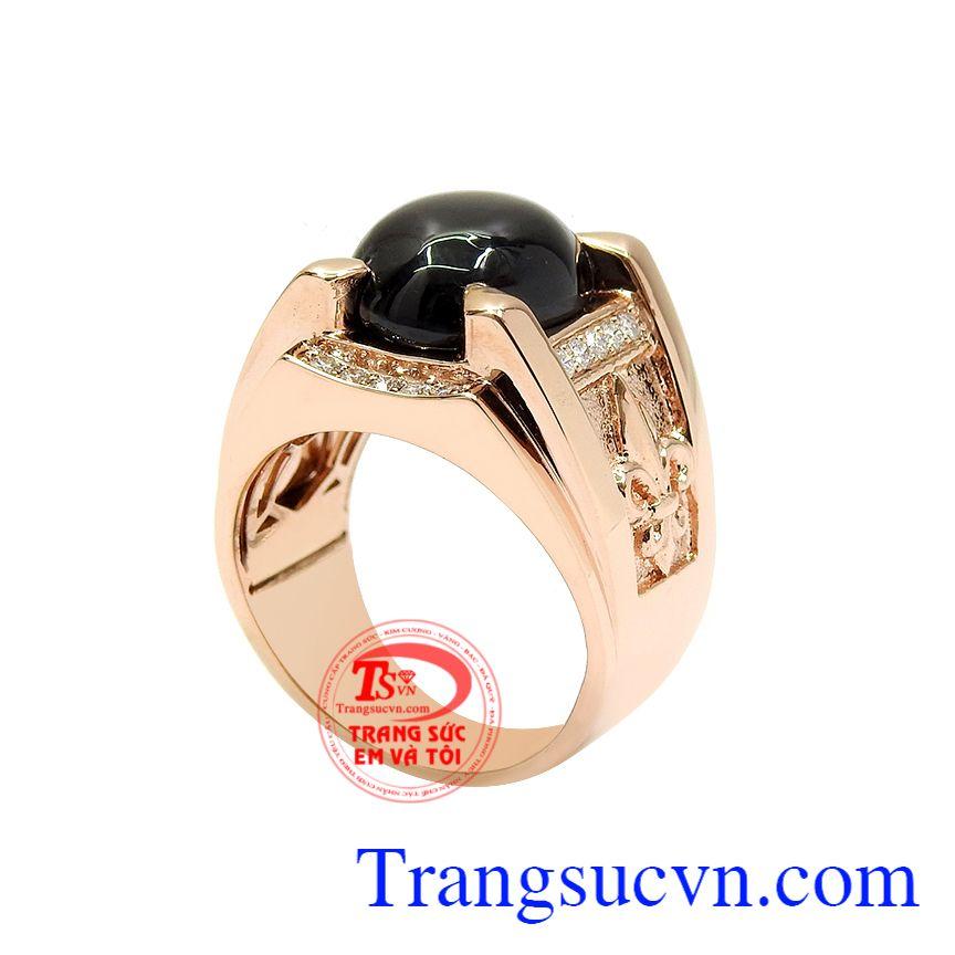 Nhẫn nam vàng hồng sapphire sang trọng, phong cách lịch lãm và hợp phong thủy.