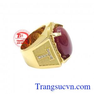 Trong phong thủy, đá ruby là viên đá hộ mệnh cho người sinh tháng 7. Nhẫn nam ruby sao quyền lực