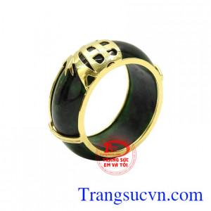 Nhẫn ngọc bọc vàng chất lượng