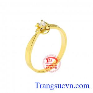 Nhẫn nữ hoa vàng thanh tú